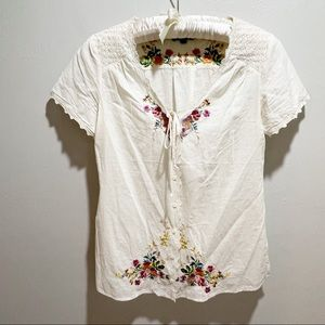 FASHION ON THE RUN Boho Ivory Embroidered Top